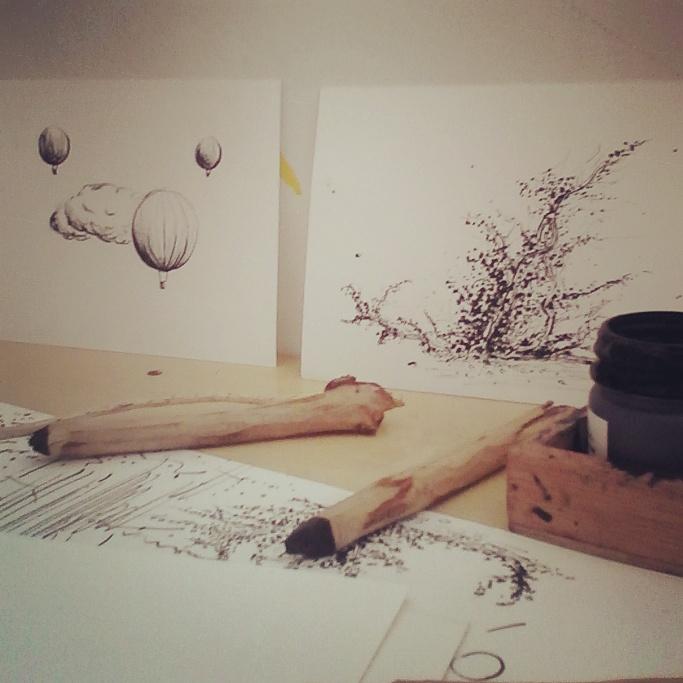 Florencia Lastreto - dibujos con ramas y tinta